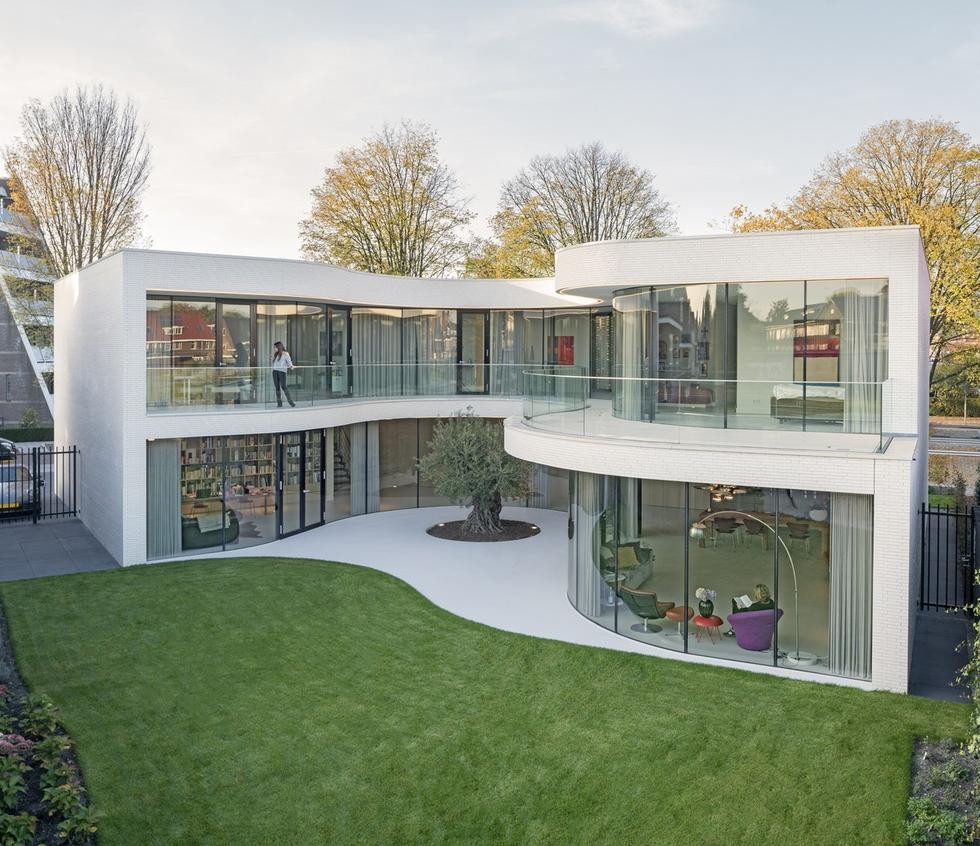 Dom uszyty na miarę - Casa Kwantes pod Rotterdamem