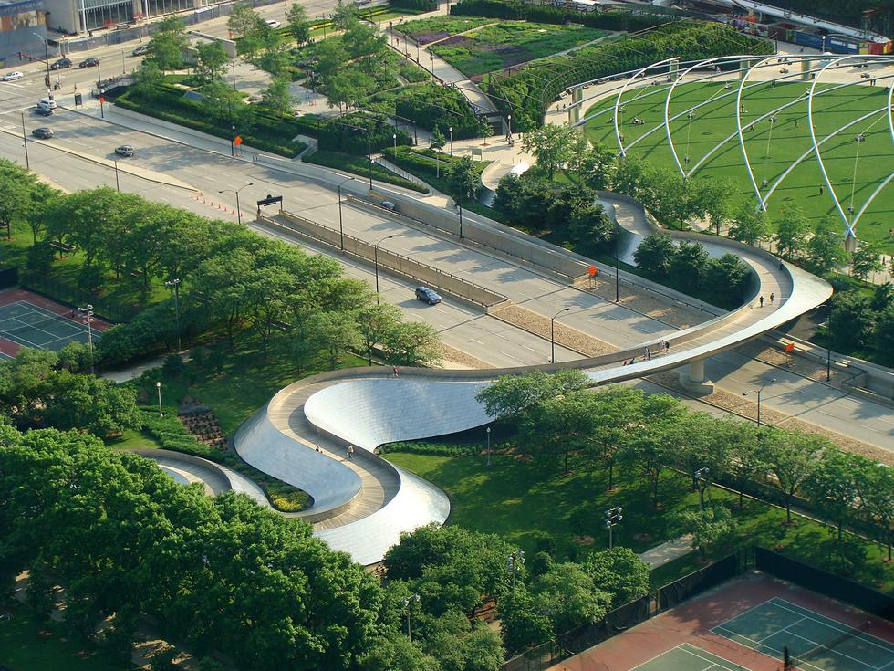 PLACES + SPACES – cykl dyskusji o mieście. Placemaking i rozwój metropolii